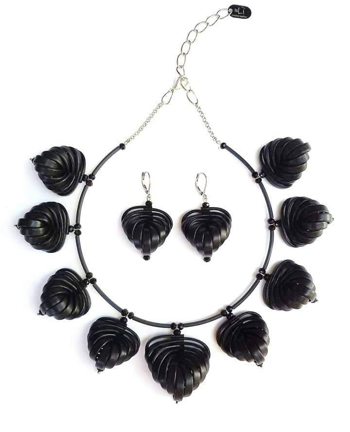 Necklace and Earrings -LEAF- leather jewelry by laLi' Creative leather