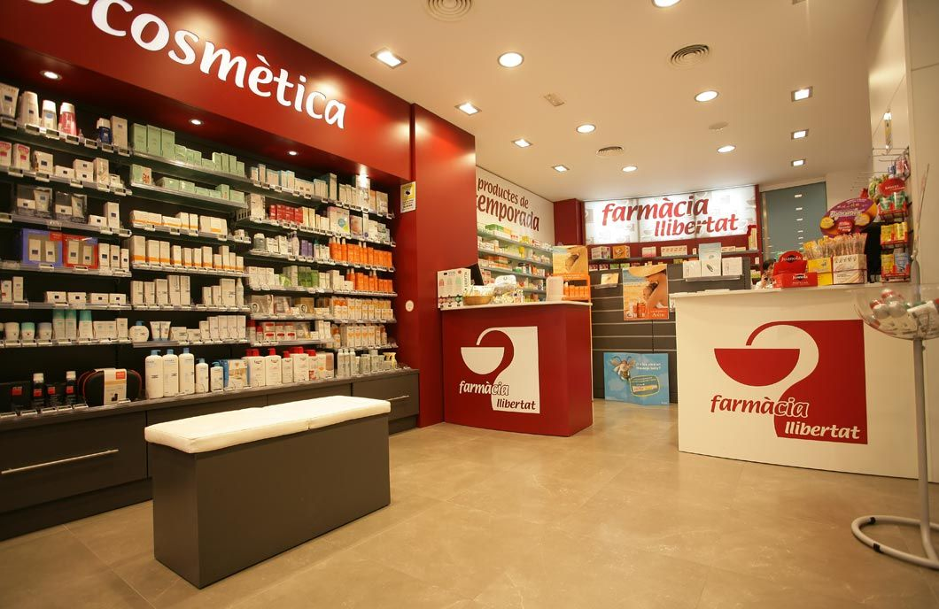 pharmacy design pharmacy shop retail design drug store pharmacy shelving and fixtures