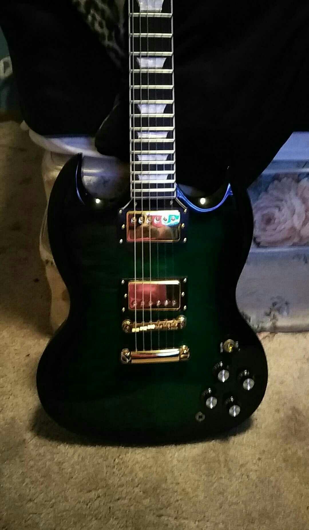 Pin By Chris Walsh On Les Paul Guitar Guitar Hero Electric Guitar