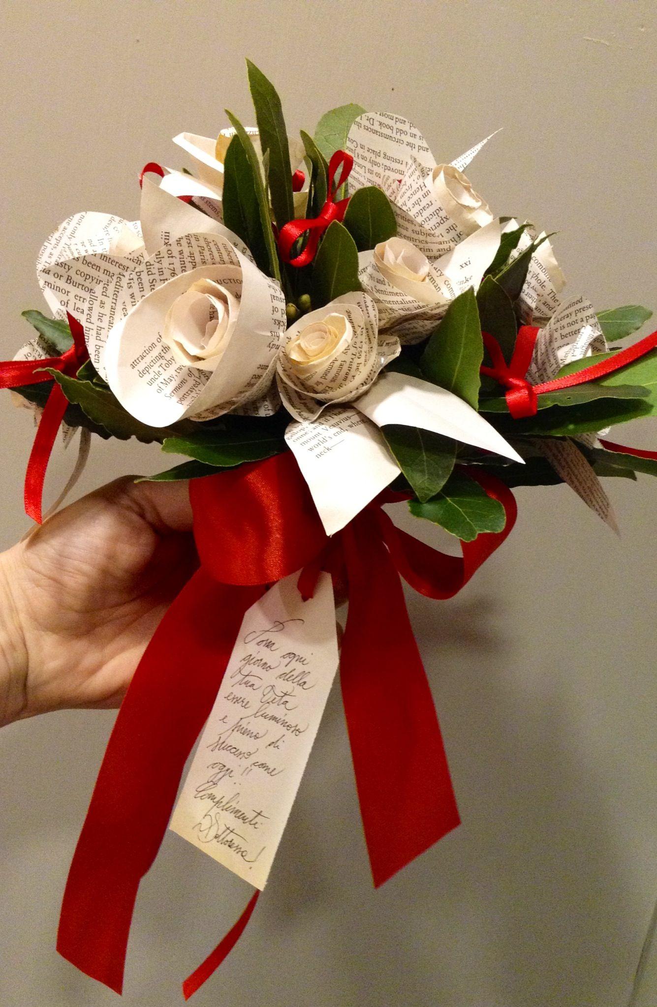 Bouquet di rose di carta per laurea il meglio di for Addobbi per laurea