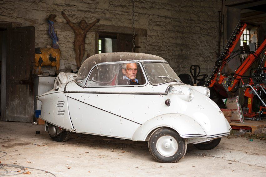 Roland Baron d'Huart, Pilot, ist einer der wenigen beglischen Adeligen, die...