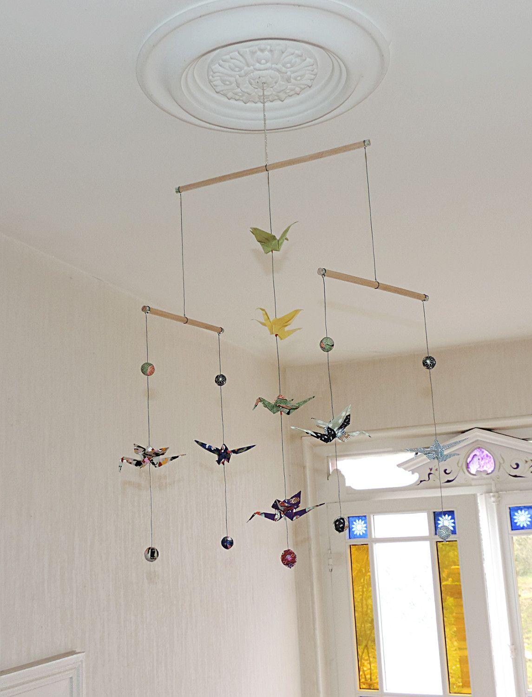 mobile origami chiyogami 8 grues et 9 boules en papier japonais pour les papiers de lucas. Black Bedroom Furniture Sets. Home Design Ideas