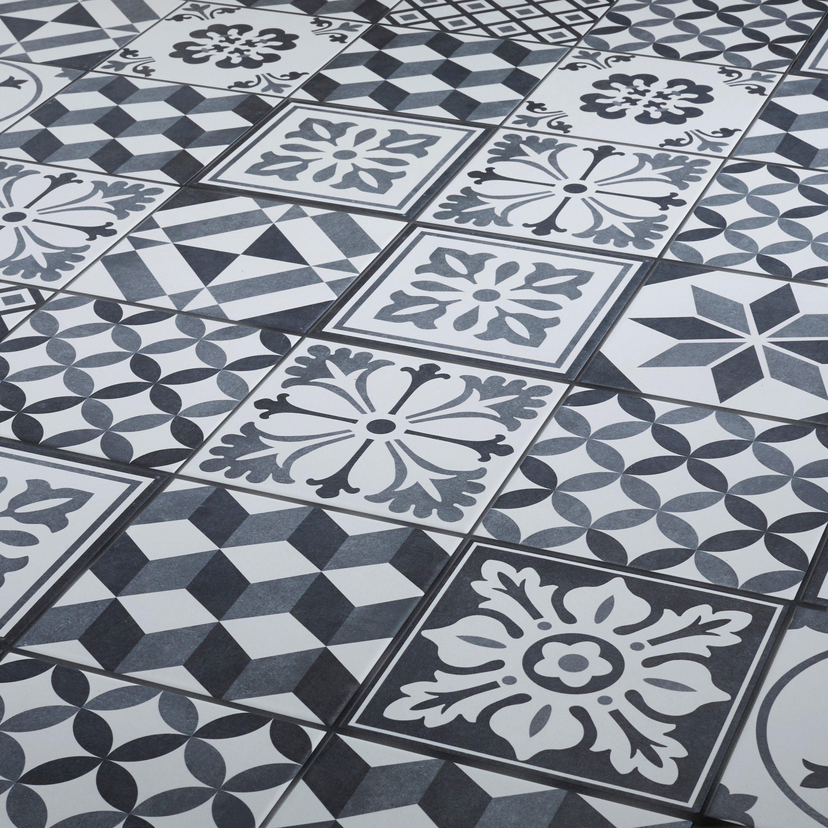 Konkrete Grey Matt Décor Mix Porcelain Floor Tile Pack Of 34 L