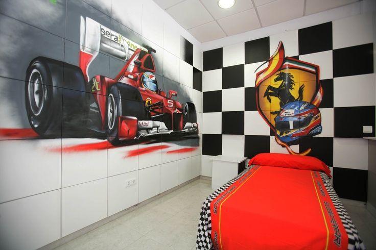 SOLO PARA APASIONADOS DE LA FORMULA 1. #Dormitorio para un niño apasionado de Ferrari y la Formula 1. Grafitti realizado por #Nauni en Serastone. Trabajo de grafitti con infinitas posibilidades....