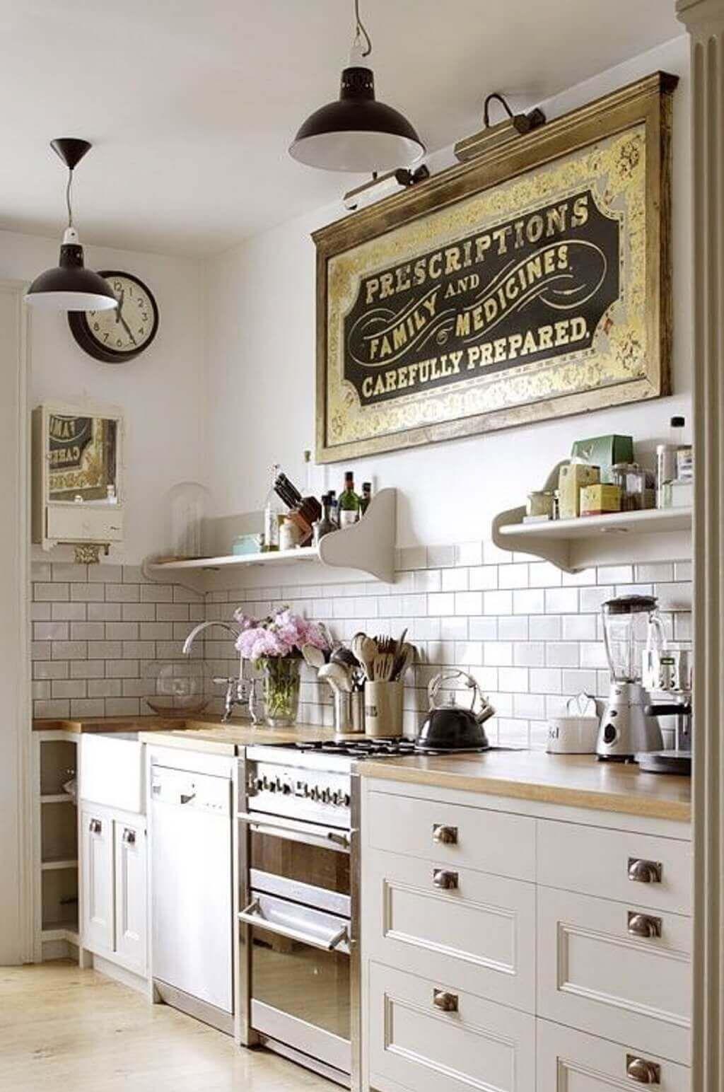40 Trendy Vintage Kitchen Design And Decor Ideas 2021 Diy Kitchen Remodel Vintage Kitchen Vintage Kitchen Decor