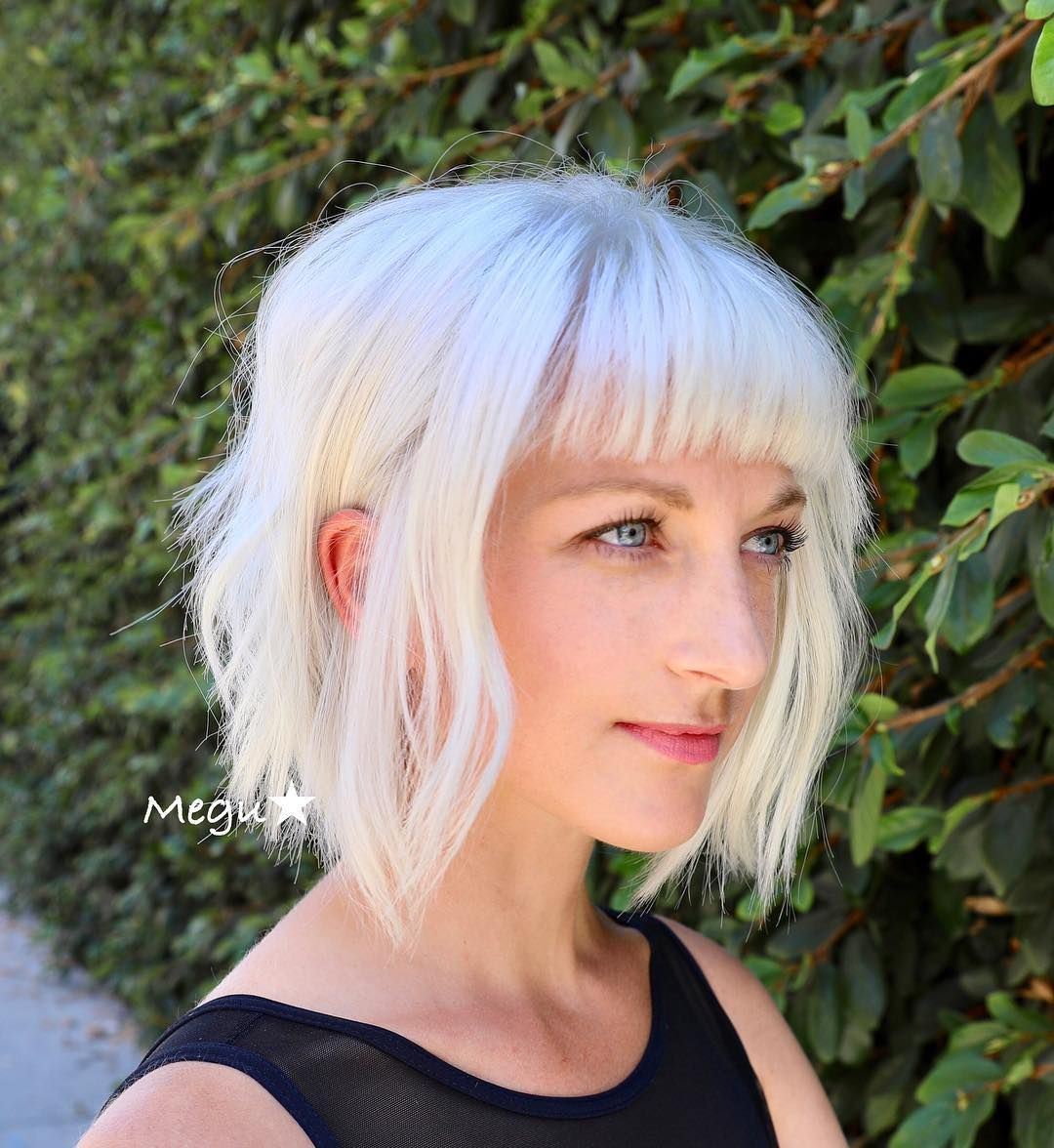 Check Out This Platinum Blonde Bob The Platinum Color And Short