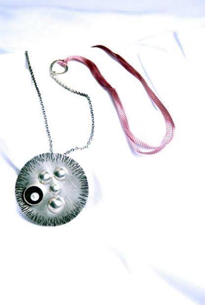 """Colección """"Círculos y burbujas"""" Plata y perlacultivada. eltrebolde4@gmail.com"""