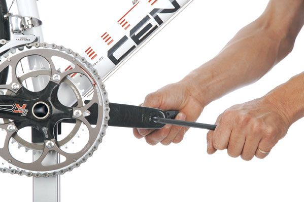 Pedale abmontieren fahrrad Fahrradrahmen pulverbeschichten