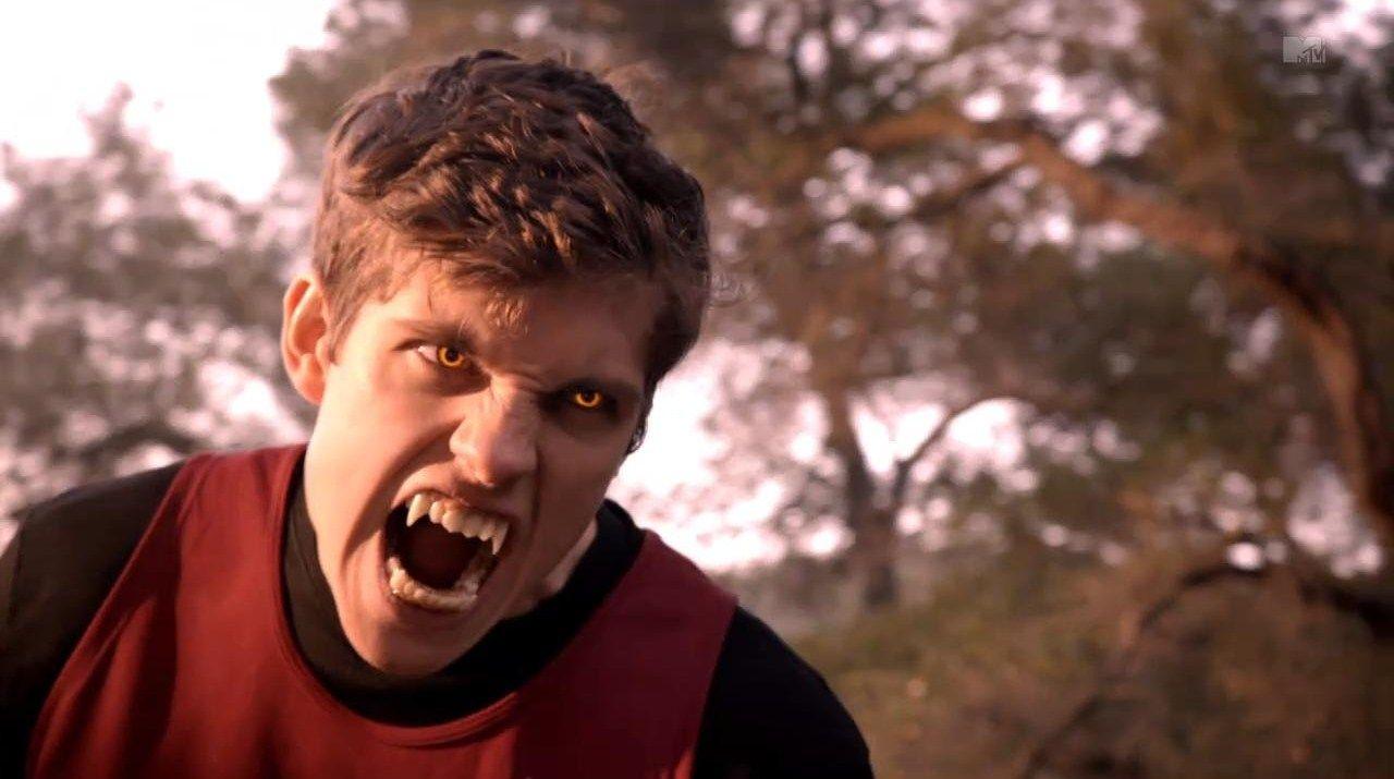 Resultado de imagem para Teen Wolf Isaac werewolf