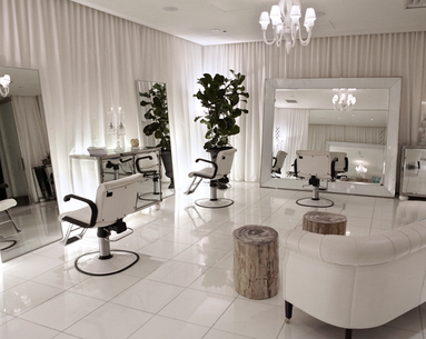 Find Luxury In Beverly Hills At The Ciel Spa Newbeauty Luxury Salon Beauty Salon Decor Salon Interior Design