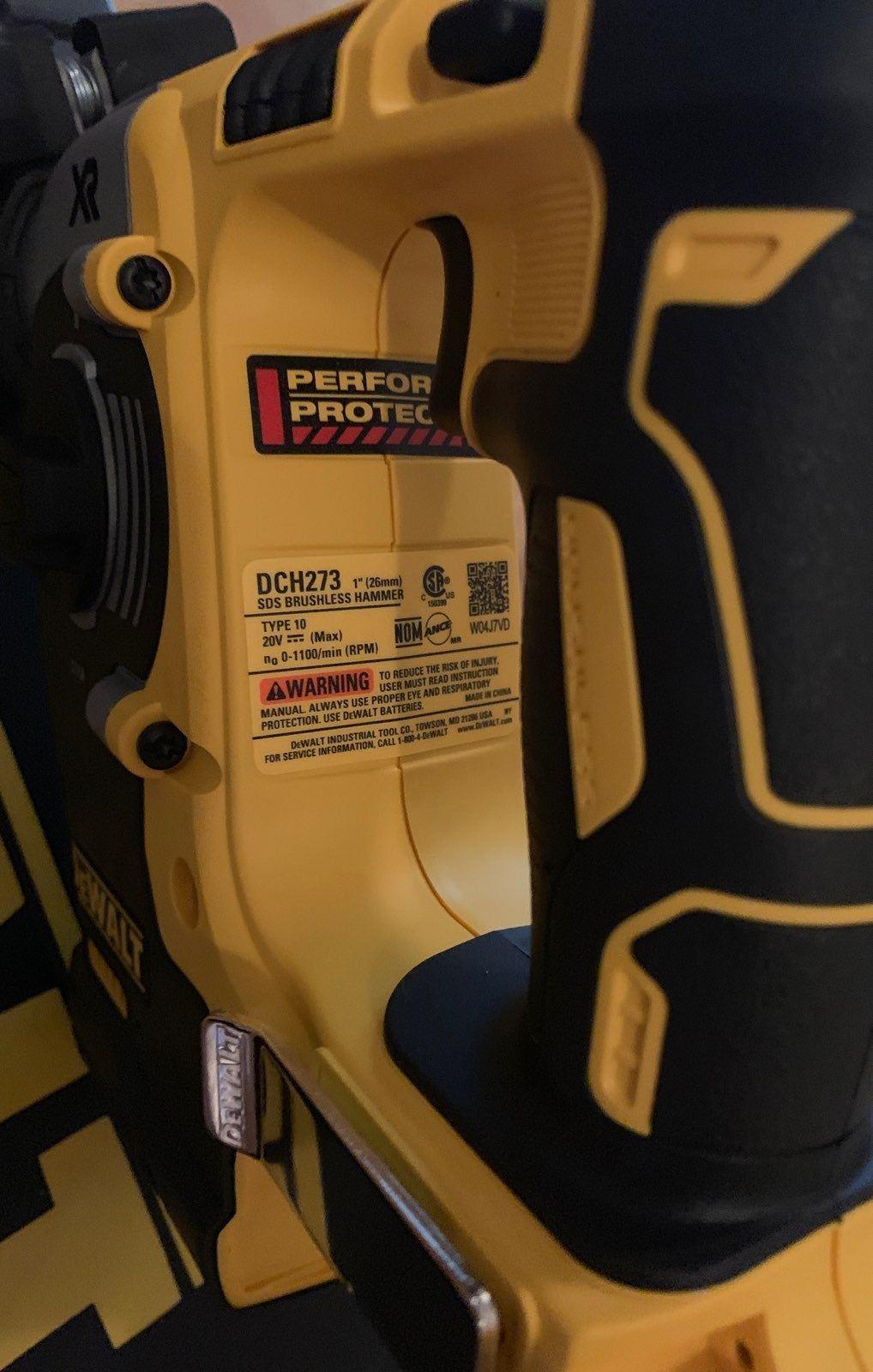 Dewalt sds 20v roto hammer dch273 with 2 batteries and