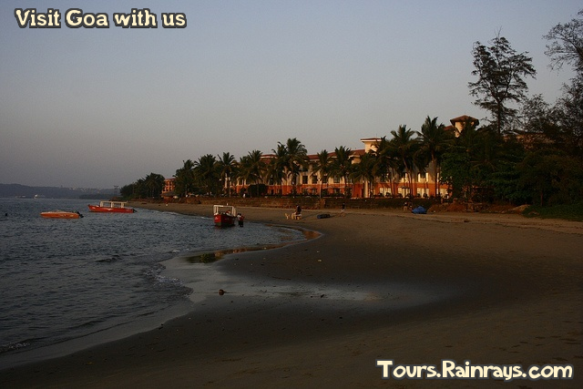 Tourist Attraction India Miramar Panaji Goa Tourist