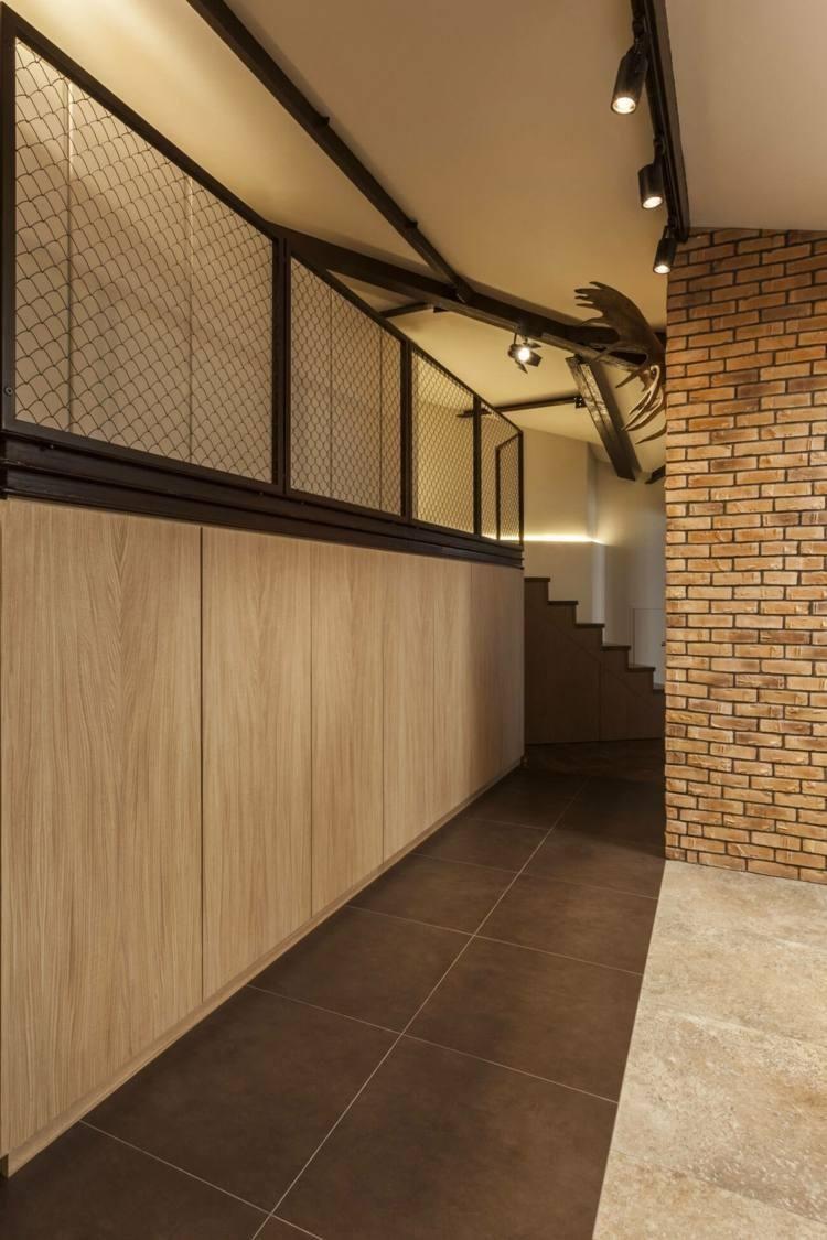 Interior Design Haus 2018 Modernes Interieur mit schwarzen Details ...