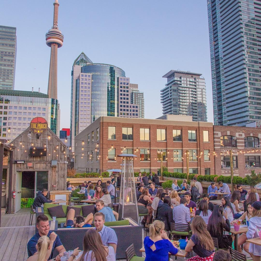 Rooftop Bars To Drink in Toronto's Skyline Views | Toronto ...