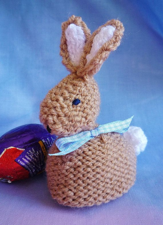 Babs bobby bunny a pattern devised by myself fits a standard babs bobby bunny a pattern devised by myself fits a standard cadburys crme egg a lovely easter gift great for easter egg hunts 4 page pattern with negle Gallery
