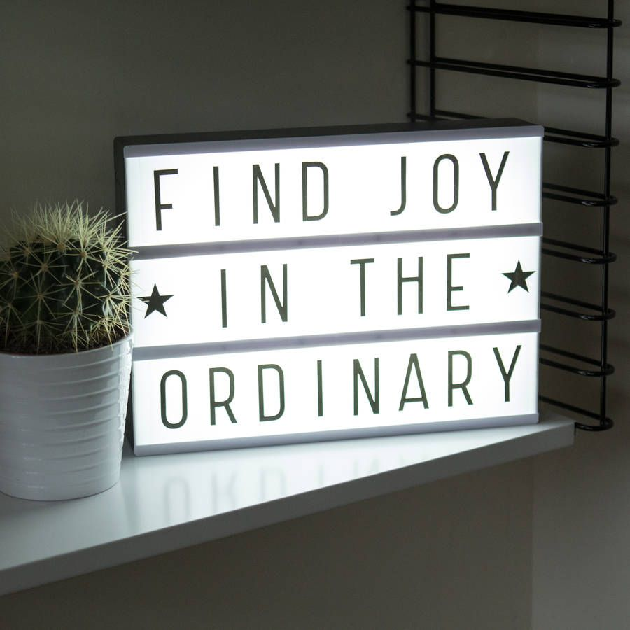 spell your own message cinema lightbox lightbox pinterest boite lumineuse cadre lumineux. Black Bedroom Furniture Sets. Home Design Ideas