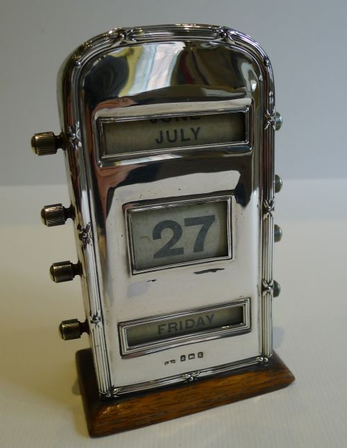 ANTIQUE ENGLISH OAK STERLING SILVER PERPETUAL DESK CALENDAR 1906 - ANTIQUE ENGLISH OAK STERLING SILVER PERPETUAL DESK CALENDAR 1906