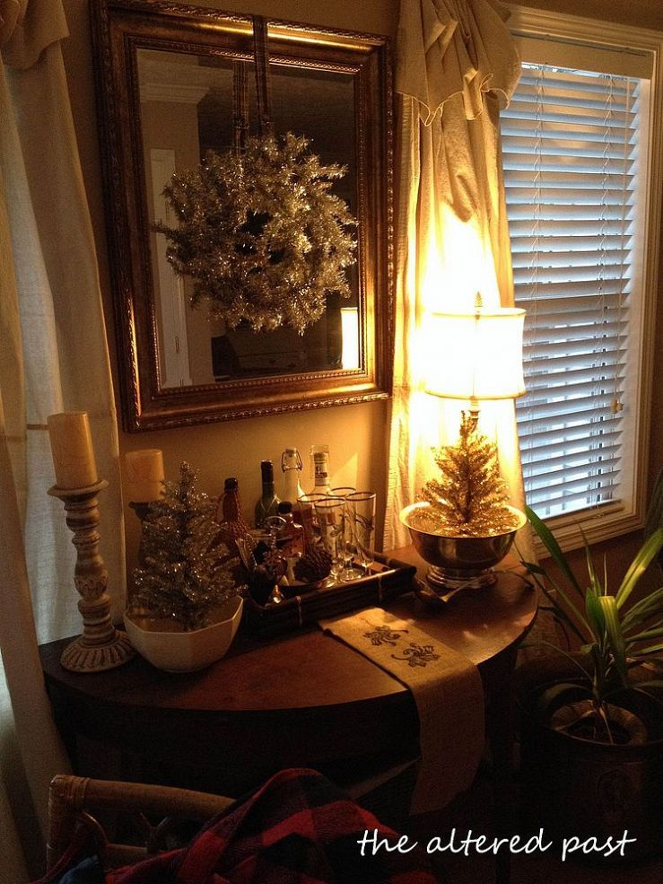 Hometalk :: Vintage Silver and Gold Christmas Decorations on the Bar