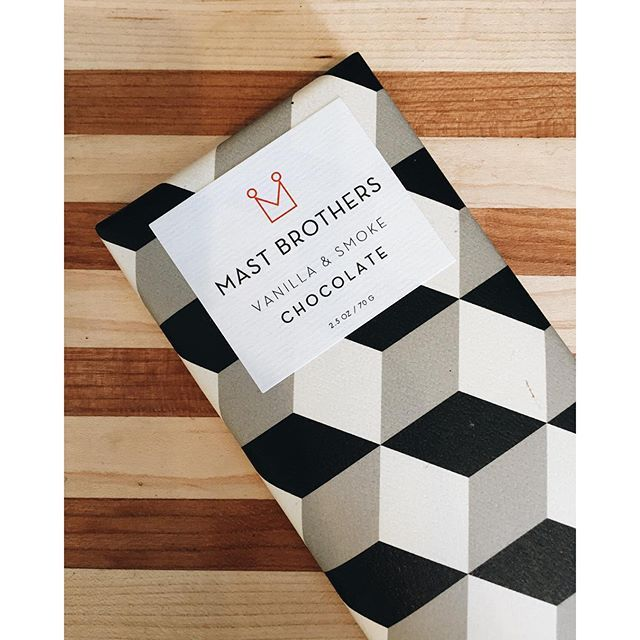 Time for a little midday snack. Found my favorite @mastbrothers chocolate at @bespoketruckee Yay! #CopyCatChic
