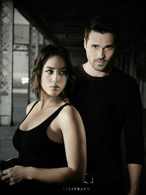 are skye and ward dating in real life