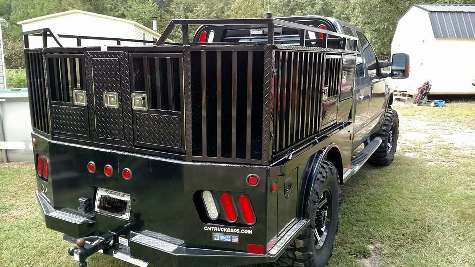 Custom built dog box by Backyard Customs, LLC Lugoff, SC #aluminumdogbox #hunting #custombuilt #backyardcustomsllc #flatbed