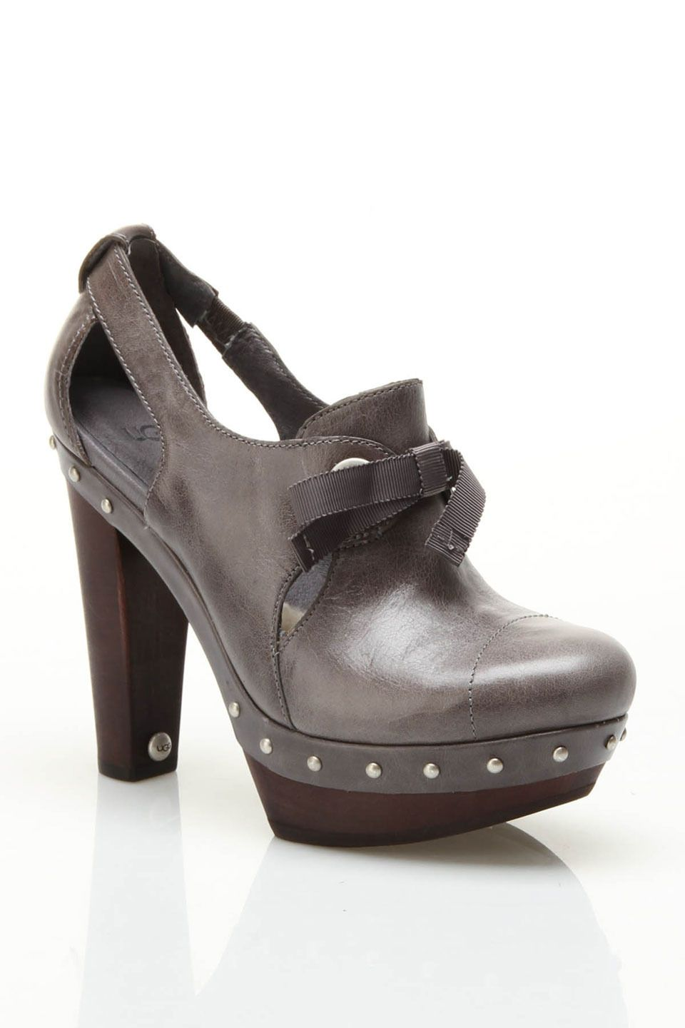 Ugg Ladies' Celestina Gray Pumps with Bows.