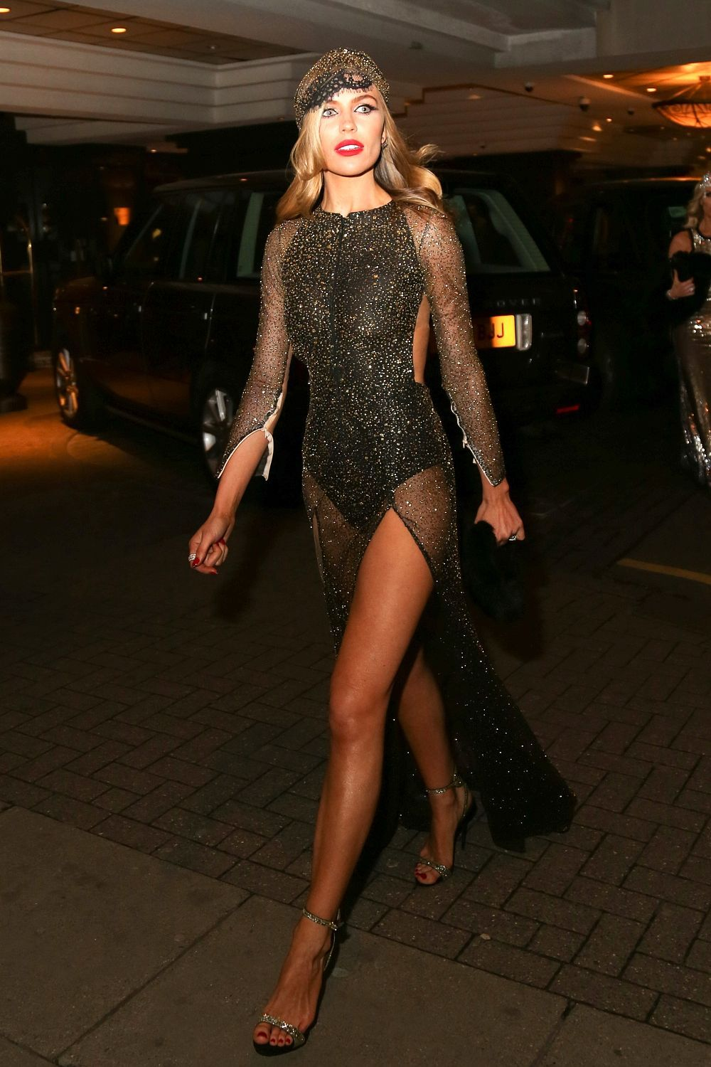Abbey clancy panty flash and great legs nude (48 photo), Bikini Celebrites pictures