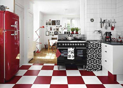Red White And Black Retro Kitchen Floor For Bakery Red Kitchen Red And White Kitchen Retro Kitchen