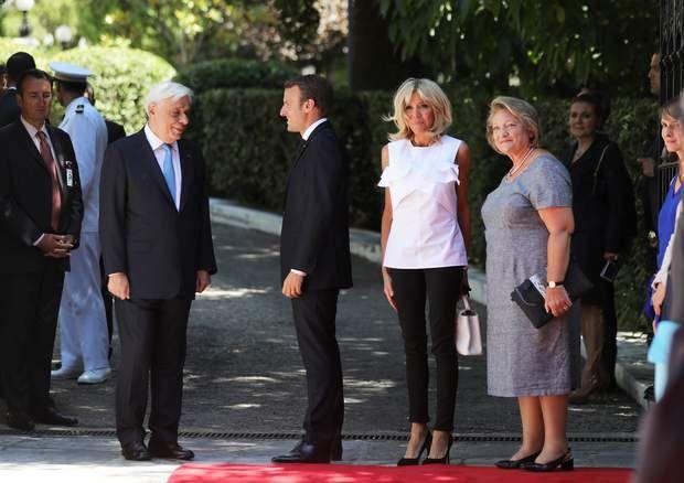 Brigitte Macron divinement élégante lors d'une visite officielle en Grèce