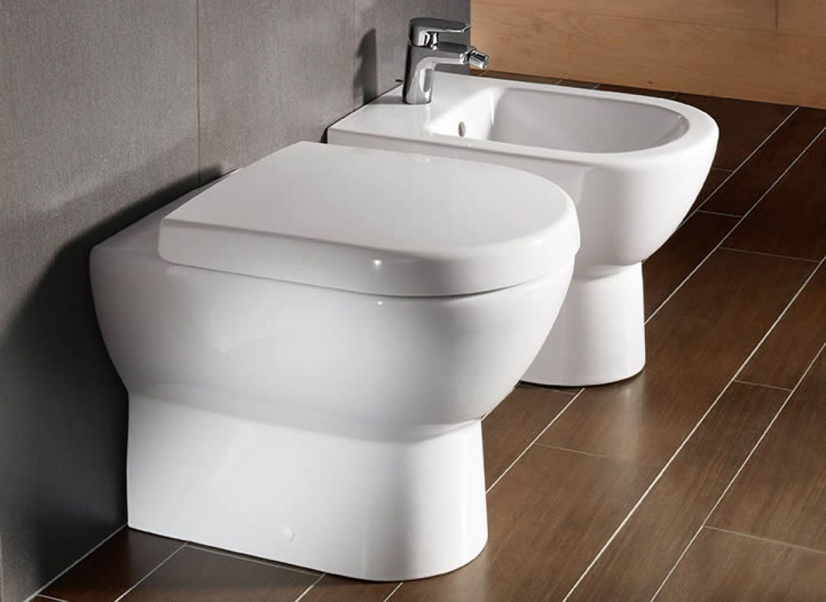 Villeroy And Boch Subway Floor Mounted Ban And A Bidet Villeroy
