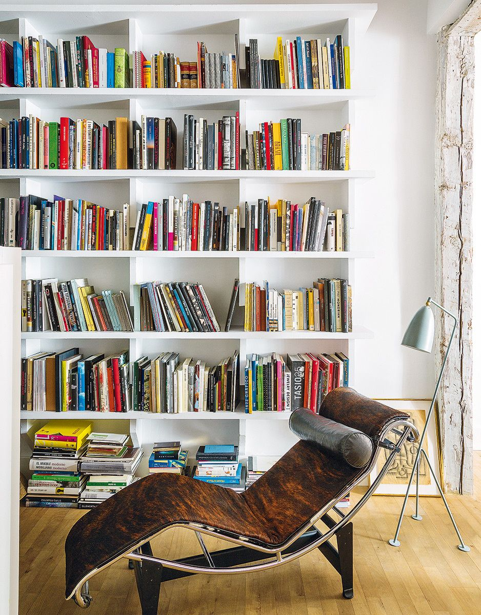 la casa del artista david rodr guez caballero en madrid bookcase pinterest regal und haus. Black Bedroom Furniture Sets. Home Design Ideas