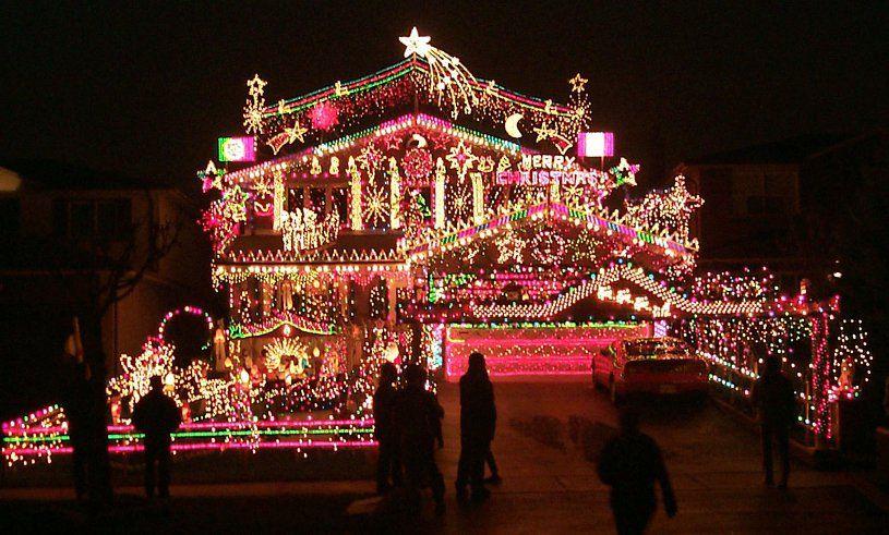Voici 10 Des Plus Belles Decorations De Maisons Pour Noel