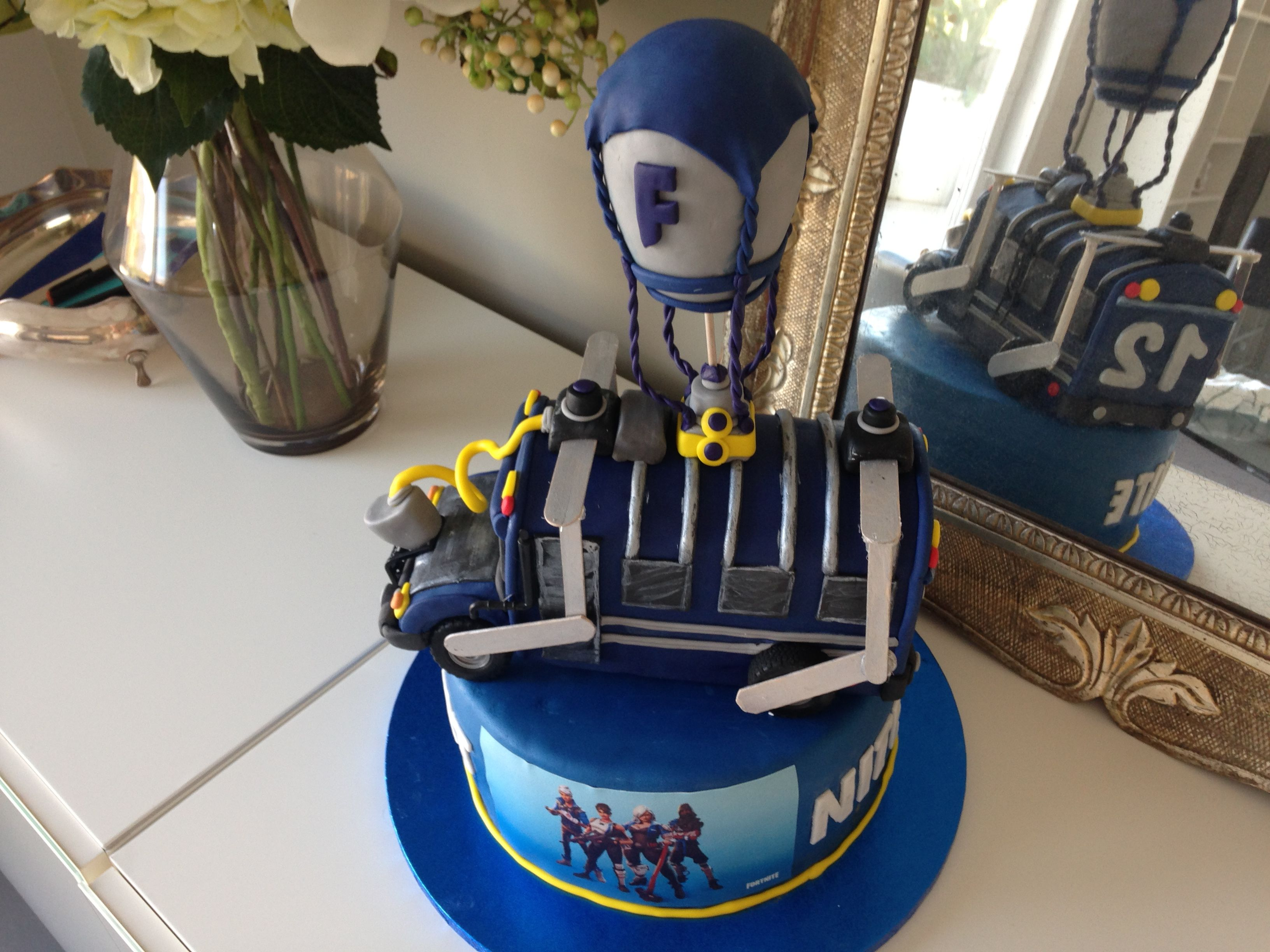 Torta Fortnite Bus Royalebattle