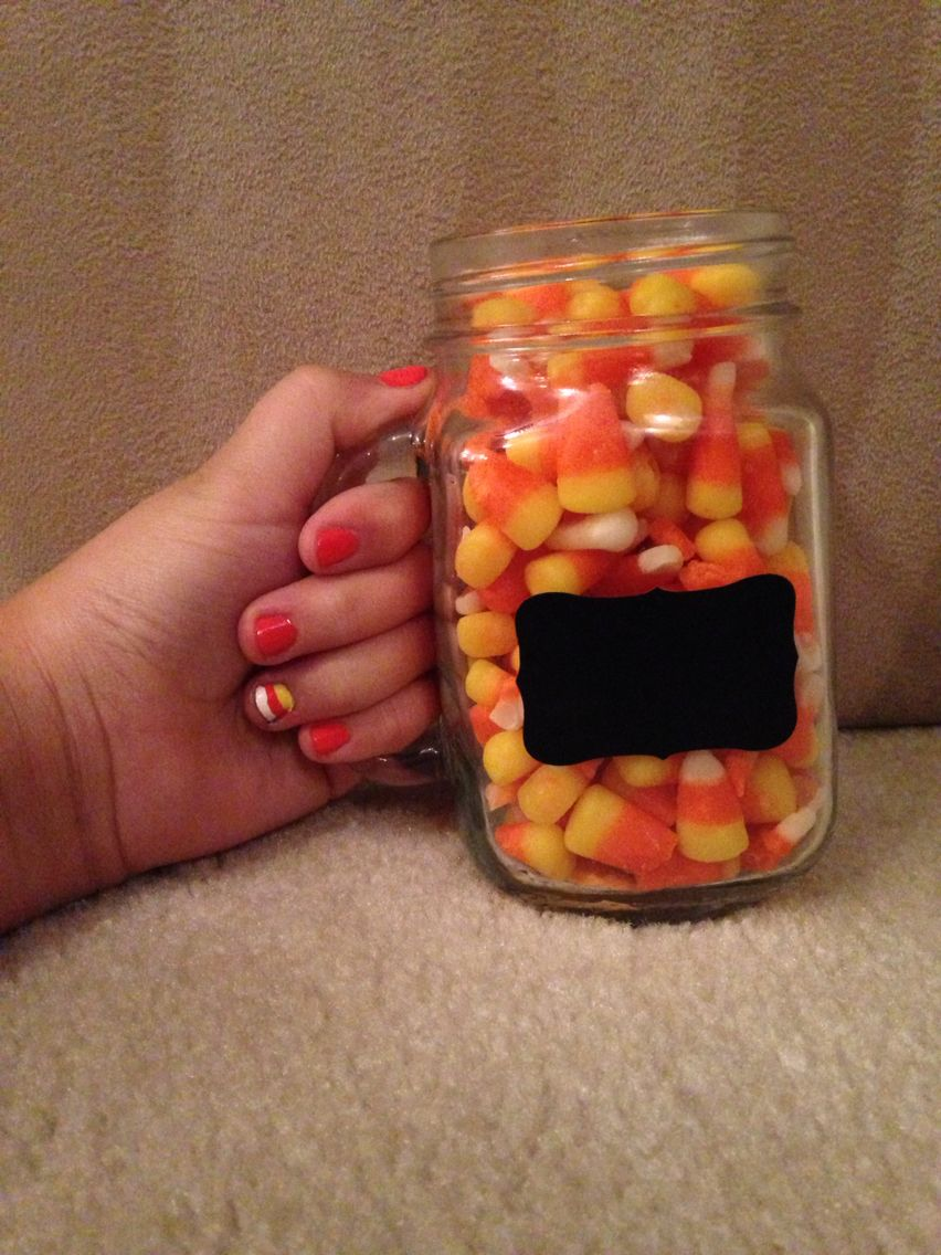 A cute fall/Halloween nail design that is so easy, even a 12 year ...