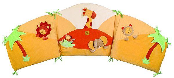 tour de lit coloré pour bébé Un tour de lit tout doux et très coloré, à fixer aux barreaux par  tour de lit coloré pour bébé