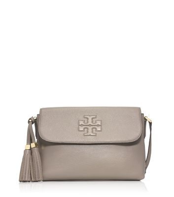 9214e91a077 Tory Burch THEA MESSENGER` I love everything about this bag!