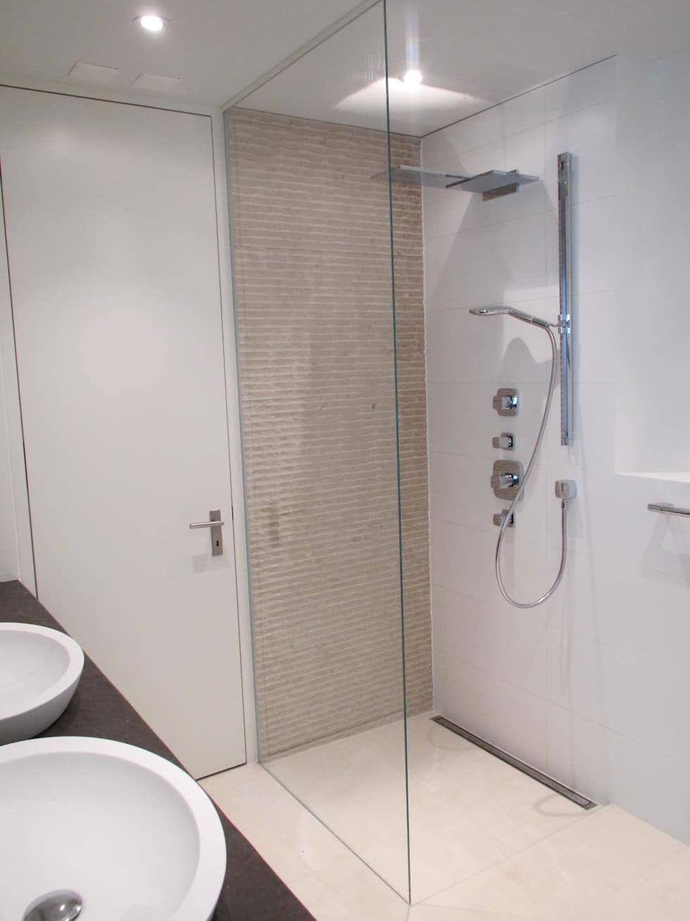 Begehbare duschen moderne badezimmer von bauarena modern ...