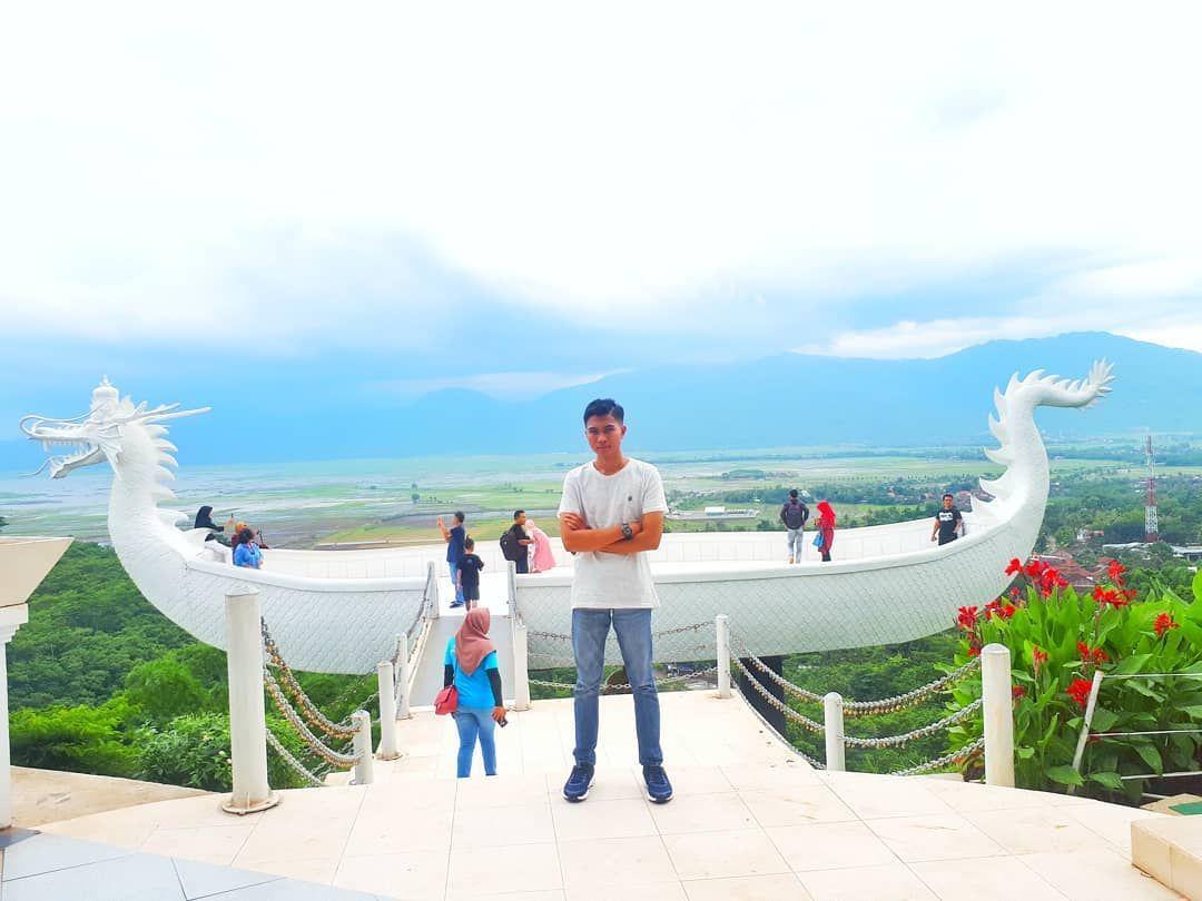 Eling Bening Semarang Menawarkan Konsep Wisata Modern Resort Yang Dikombinasikan Dengan Wisata Alam Pegunungan Nan Indah Dan Asri Di 2020 Pemandangan Semarang Modern