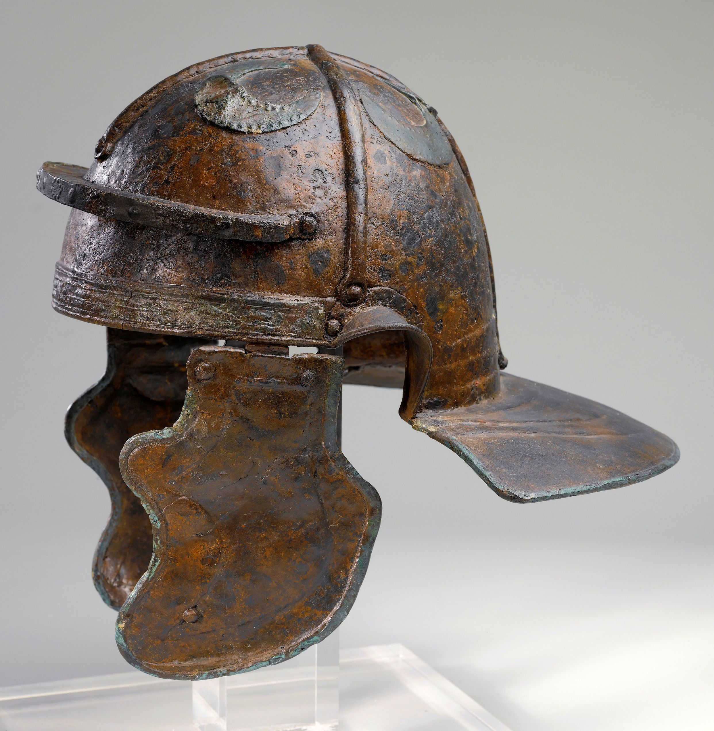 Imperial Italic G Helmet Discovered In Hebron Israel And Dated