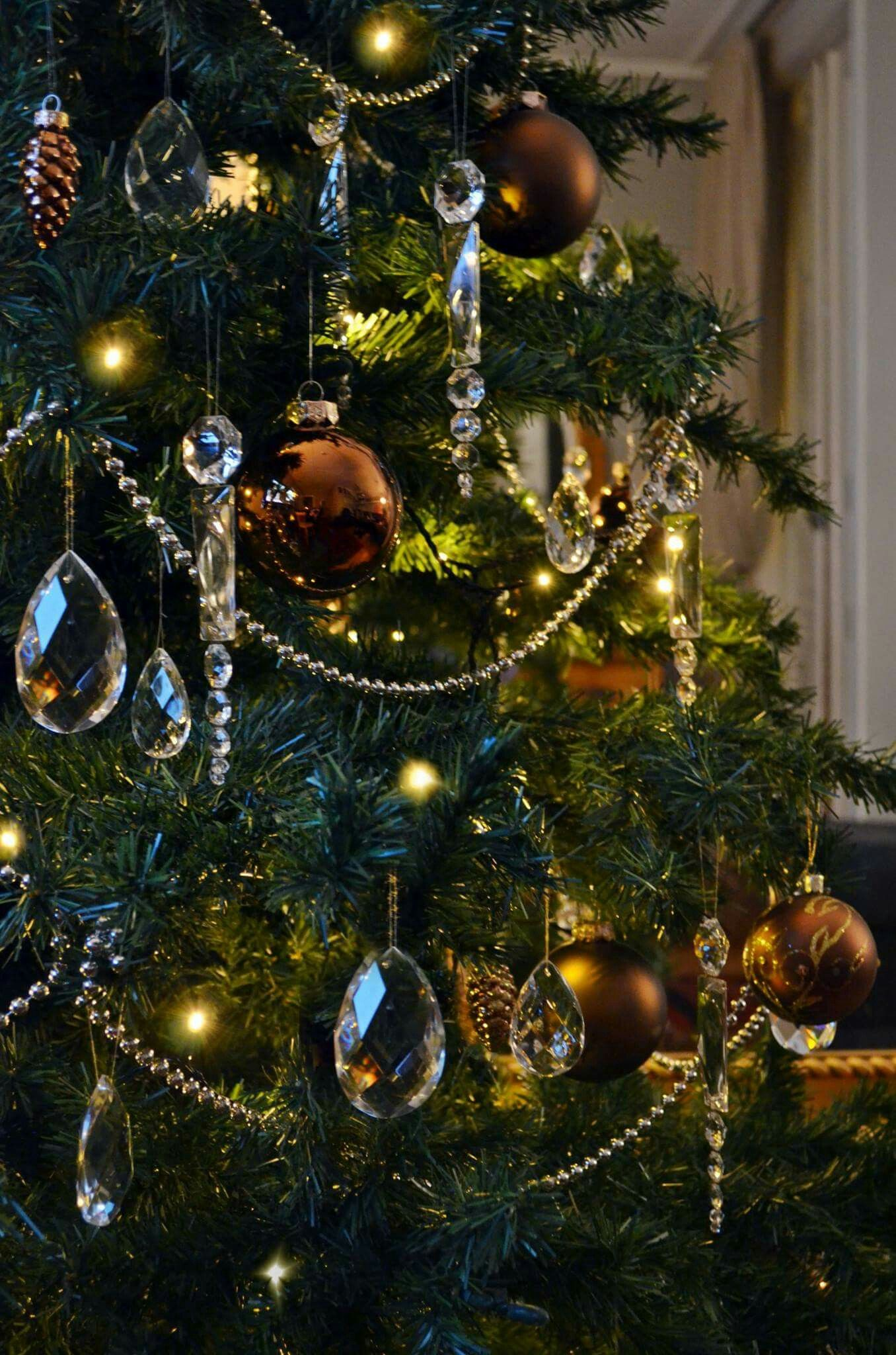 Christmas Tree Decorations With Chrystal, Brown And Bronze Chrystals From