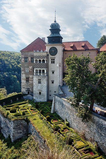 Renaissance castle of Pieskowa Skała -  near Sułoszowa, Poland