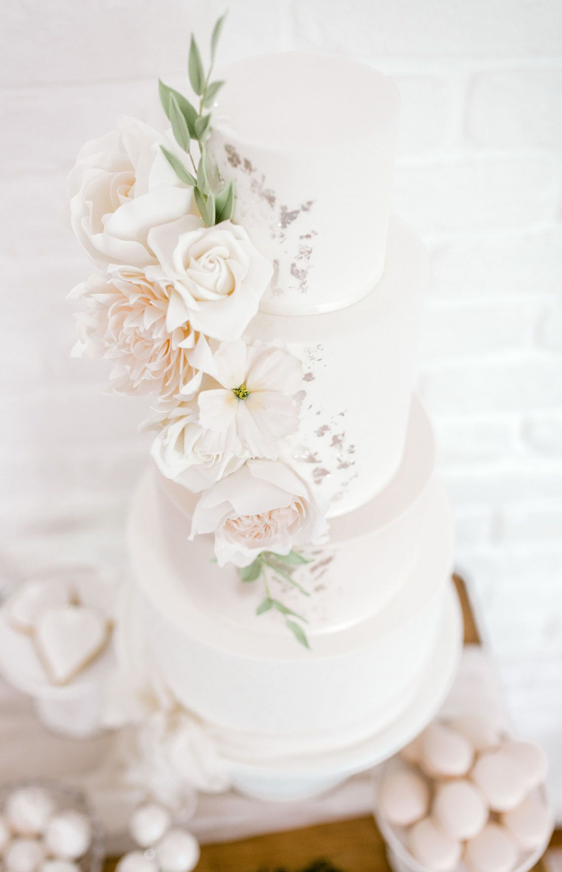 Absolutely In Love With The Recent Blog From Blovedblog Stunning Inspiration For A Romantic Romantic Wedding Inspiration Wedding Cake Inspiration Wedding