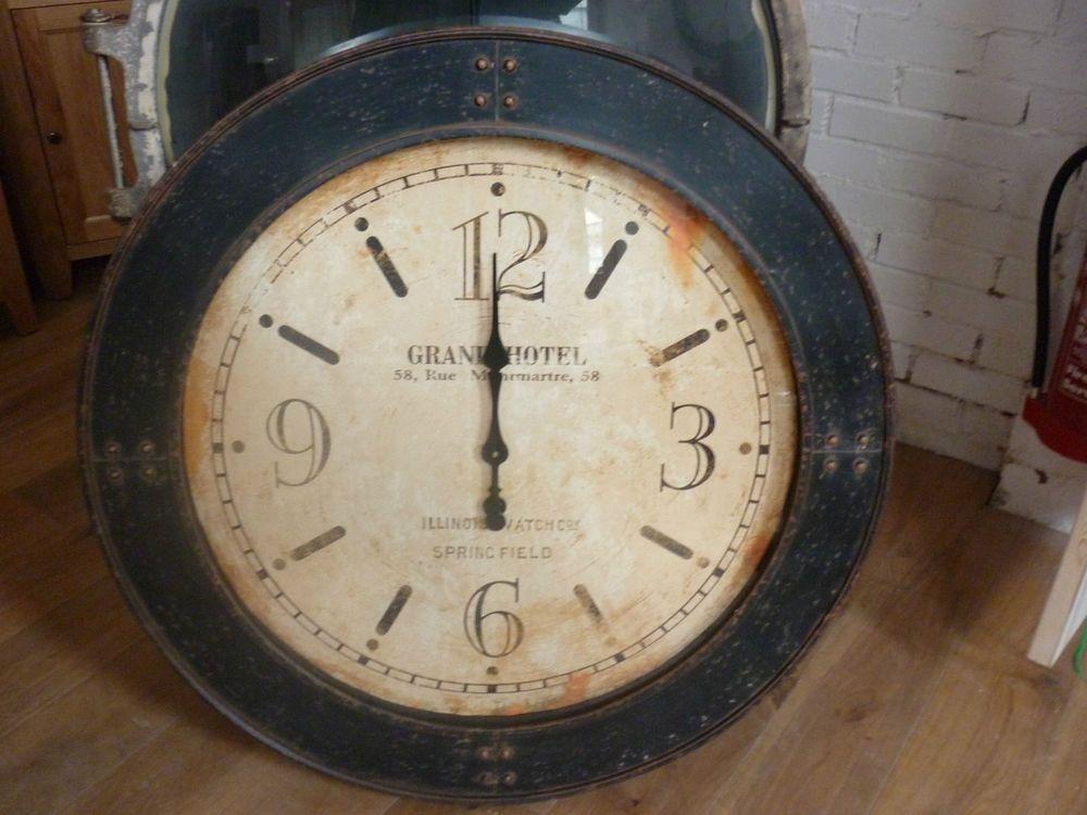Extra Large Vintage Looking Grand Hotel Wall Clock 100cm In Diameter