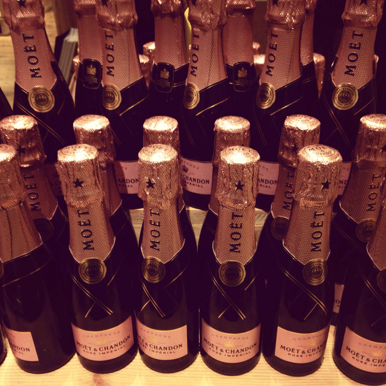 Little Bottles Of Heaven Champagne Bar Moet Chandon Rose Champagne