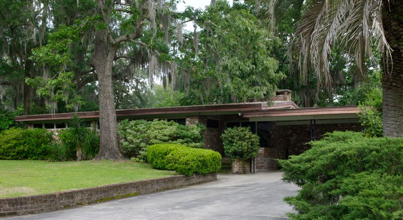 Mid Century Modern Homes Landscaping remarkable mid-century house in savannah | brick ranch, chats