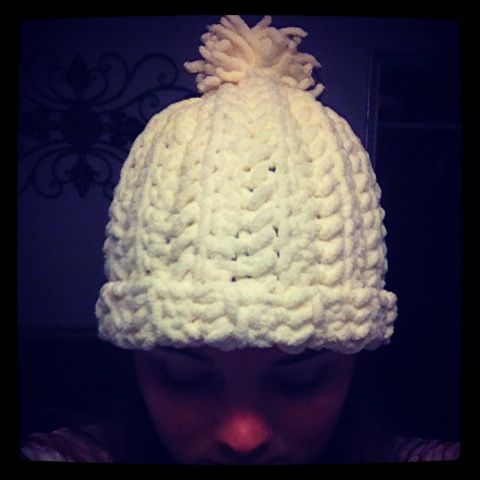 Crochet hat made with bernat blanket yarn. AMAZING.  18bb4623acd