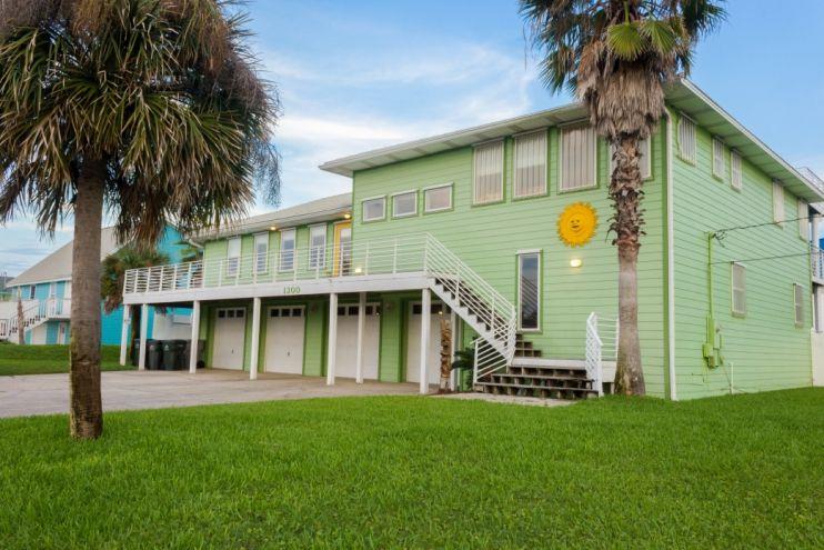 Tiki House Pensacola Florida Vacation Al