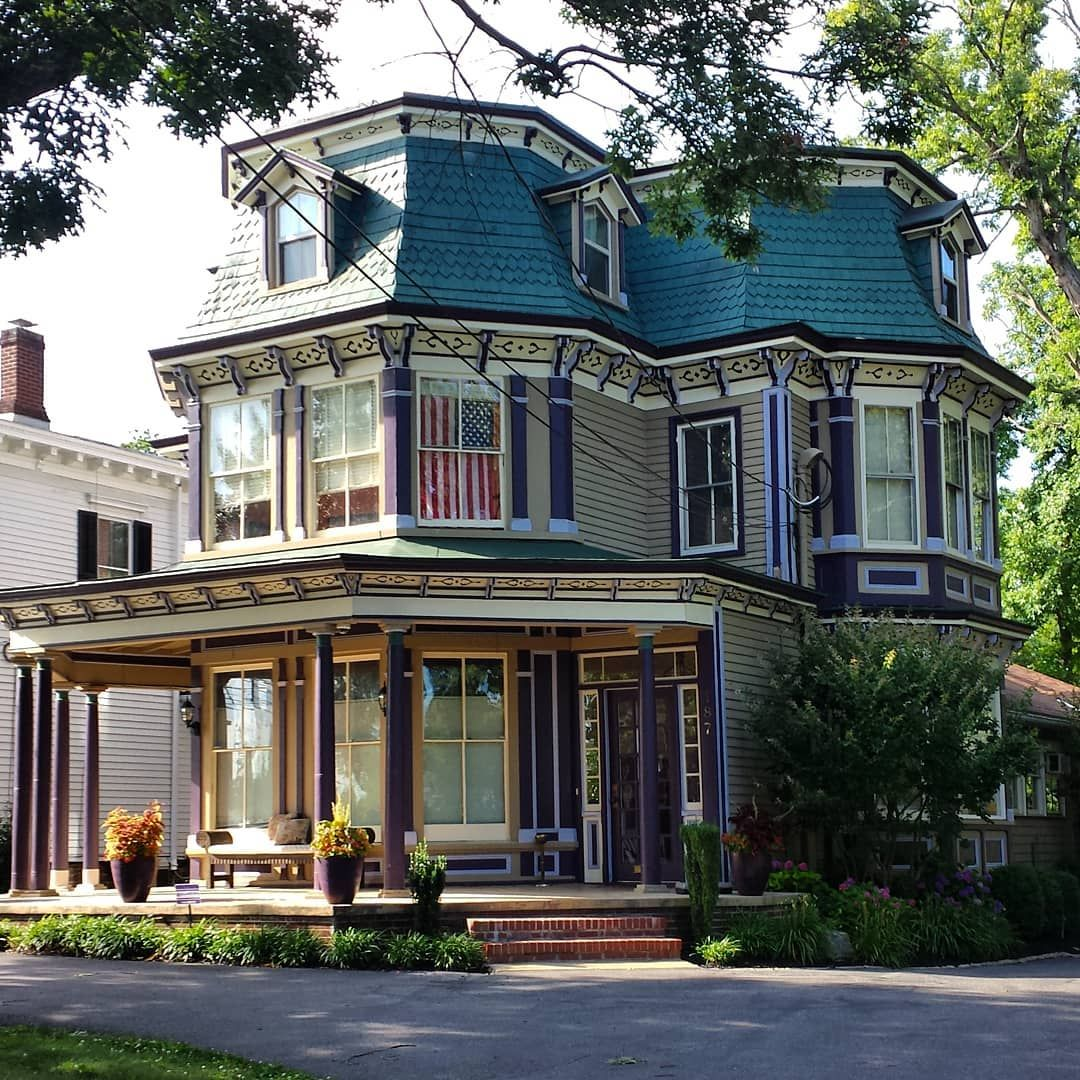 Victorian Homes, Gothic House
