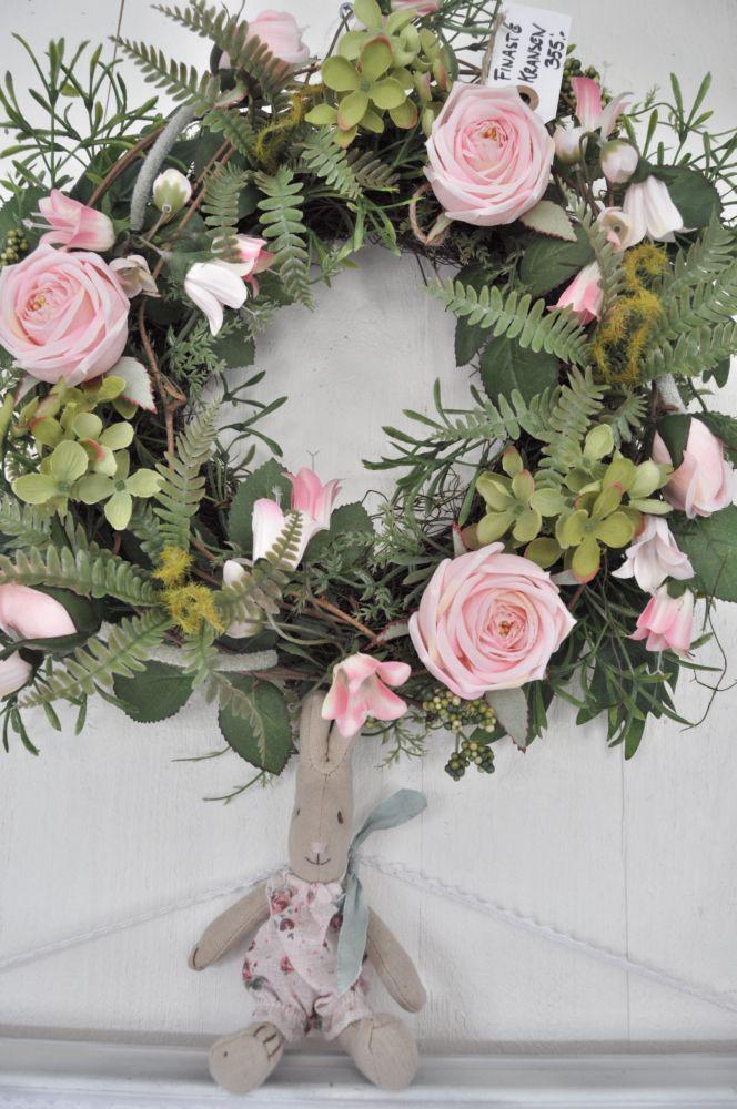 Inspiration In White Coronas De Flores Decoracion Navidad Rosas