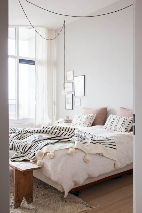 One Room Two Ways Basic Vs Bold Avenue Lifestyle Guest Bedroom Makeover Bedroom Makeover Bedroom Inspirations